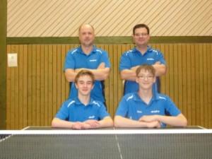 Mannschaftsfoto hinten Fred und Kevin / vorn David und Chris