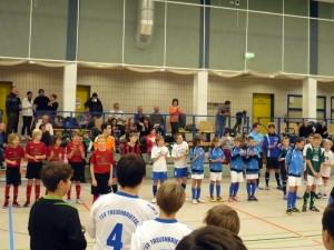 Jakob(li.) und Daniel im Kreise aller Auswahlspieler dieser Endrunde