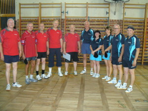 v.l.: Erich, Manfred, Reinhard, Frank, Ralf, Peter, Astrid, Dagmar, Gerhard, Andreas