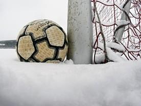 fussball-schnee