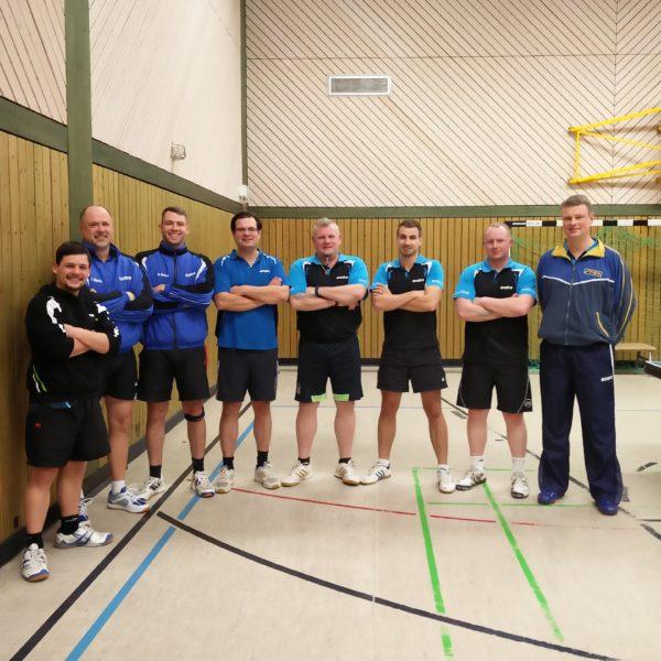 Gruppenfoto TSV 3 und Blau-Weiß Schlalach 1